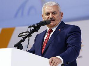AK Parti'de yeni dönem: Binali Yıldırım genel başkan seçildi