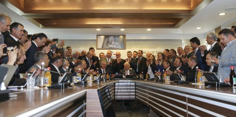 Ahmet Arslan, UDH Bakanlığı görevini devraldı galerisi resim 1