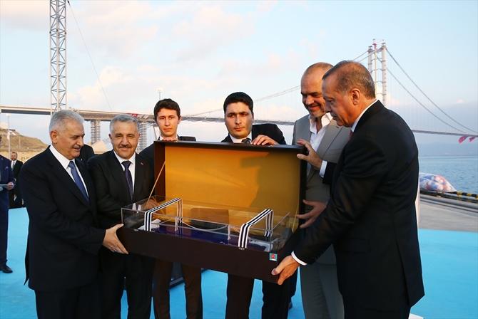 Osmangazi Köprüsü bayram müjdesiyle hizmete açıldı galerisi resim 11