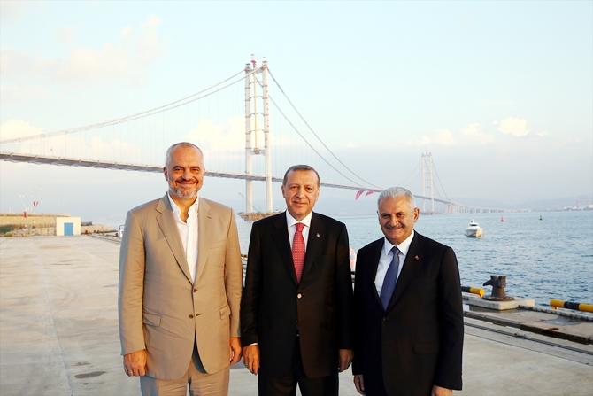 Osmangazi Köprüsü bayram müjdesiyle hizmete açıldı galerisi resim 17
