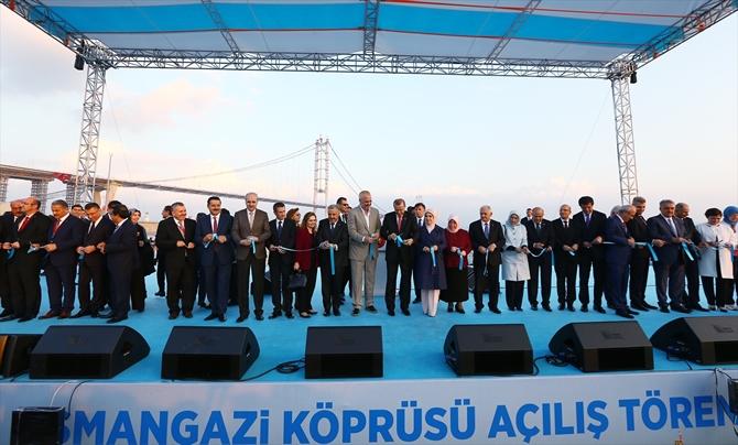 Osmangazi Köprüsü bayram müjdesiyle hizmete açıldı galerisi resim 9