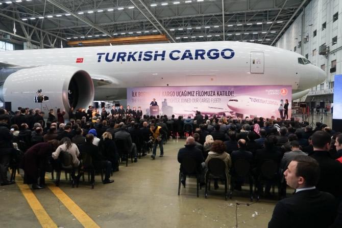 THY, ilk Boeing 777 kargo uçağını teslim aldı galerisi resim 9