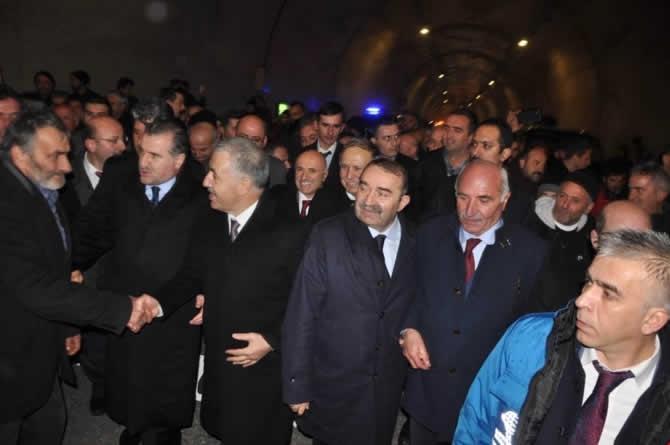 Cankurtaran Tüneli ulaşıma açıldı galerisi resim 6
