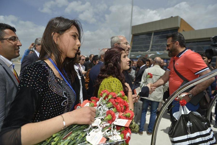 Yüksekova Havalimanı açıldı galerisi resim 26