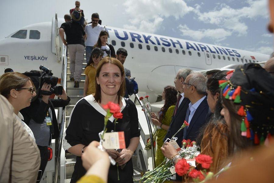Yüksekova Havalimanı açıldı galerisi resim 28