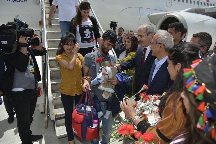 Yüksekova Havalimanı açıldı galerisi resim 32