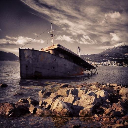 Çürümeye terk edilen görkemli gemiler galerisi resim 23