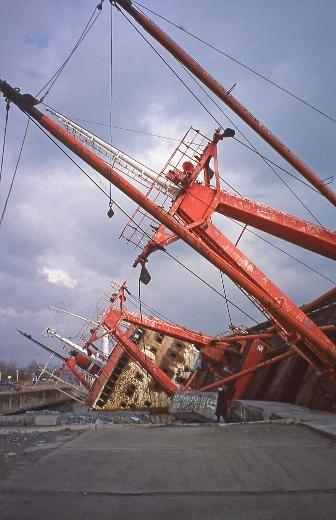 Çürümeye terk edilen görkemli gemiler galerisi resim 24