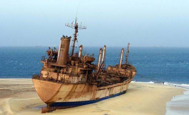 Çürümeye terk edilen görkemli gemiler galerisi resim 29