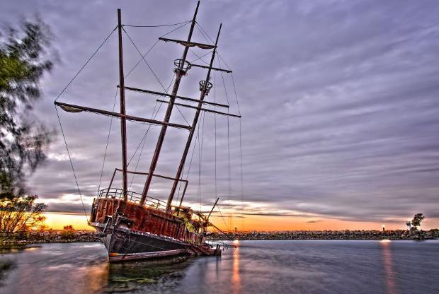 Çürümeye terk edilen görkemli gemiler galerisi resim 31