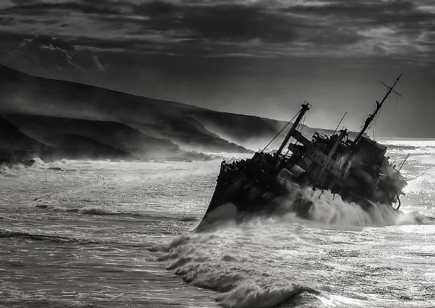 Çürümeye terk edilen görkemli gemiler galerisi resim 47