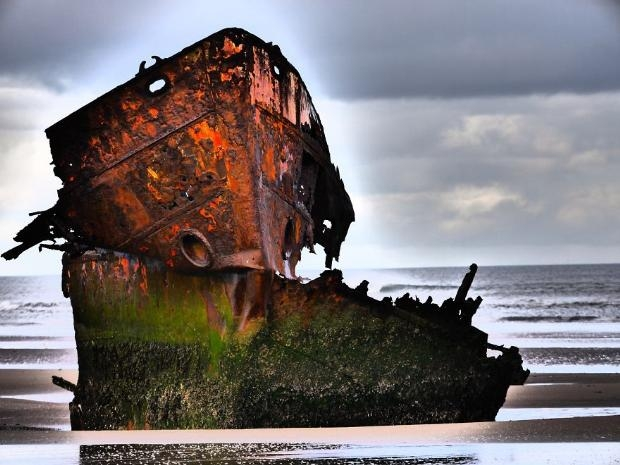 Çürümeye terk edilen görkemli gemiler galerisi resim 7