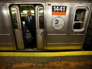 New York metrosunda bakımsızlık problemi