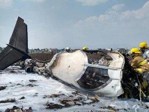 Meksika'da özel jet düştü: 2 ölü