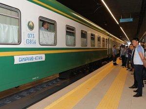 Semerkant-Astana tren seferleri başladı