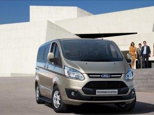 Ford, Tourneo Custom'ı yeniledi