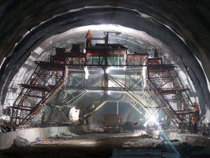 Ümraniye-Ataşehir-Göztepe Metro çalışması başladı