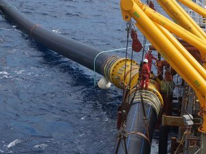 KKTC'ye deniz altından elektrik için geri sayım