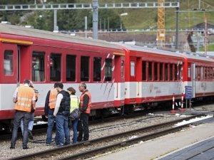 İsviçre'de tren kazası: 30 yaralı