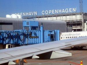 Kopenhag Havalimanı'nda şüpheli paket alarmı