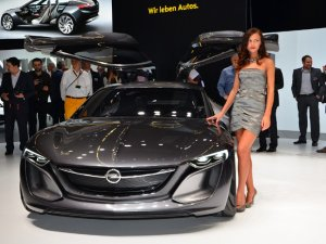 Otomobilin en yenileri, Frankfurt'ta görücüye çıktı