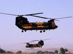 Türk Silahlı Kuvvetlerinin 'uçan kale'lerinden basın turu