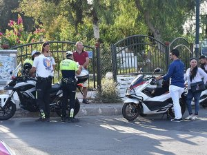 Motosiklet sürücülerine yarım saatte 10 bin lira ceza kesildi