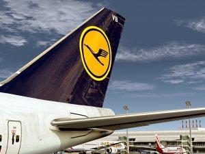 Lufthansa A380 operasyonları için bin kabin memuru alacak