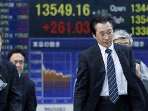 Asya piyasaları Çin verileri ile geriledi