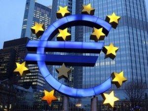 Euro Bölgesi'nde yatırımcı güveni zirveden döndü