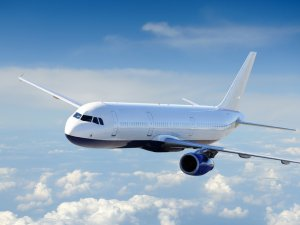 Hava yolu yolcu trafiği yüzde 7 büyüdü