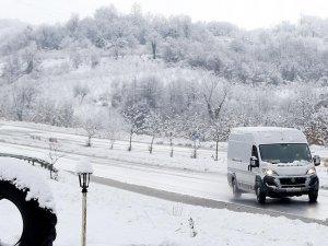 Doğuda kar yağışı nedeniyle 117 köy ve mahalle yolu ulaşıma kapandı
