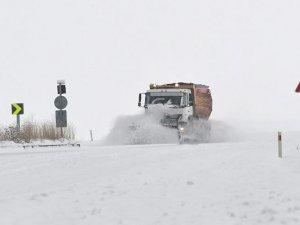 3 ilde 323 köy ve mahalle yolu ulaşıma kapandı