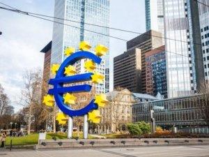 Euro Bölgesi'nde ekonomik faaliyet 82 ayın zirvesinde