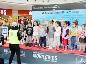 Mercedes-Benz Türk'ün MobileKids Trafik Eğitim Projesi, çocuklarla buluştu
