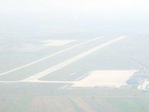 Çorlu'da sis hava trafiğini aksattı