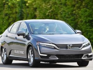 """Honda'dan elektrikli araçlarında """"Çift Yönlü Şarj"""" devrimi"""