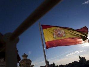 İspanya'nın kredi notu A- seviyesine yükseldi