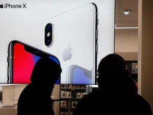 iPhone X hakkındaki iddialar, Apple'ın değerini 22 milyar dolar düşürdü