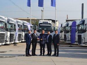 Temsa İş Makinaları, ARI-HAN Group'a 15 Volvo Trucks teslim etti