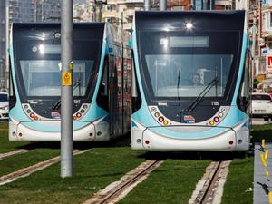 Konak tramvayında test sürüşleri başladı