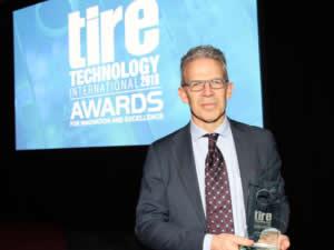 """Pirelli, Tire Technology Awards'ta """"Yılın Lastik Üreticisi"""" ödülünü kazandı"""