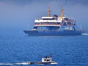 Çanakkale Boğazı, çift yönlü gemi geçişlerine kapatıldı