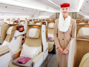 Emirates, Boeing 777 uçağındaki yeni Business Class koltuklarını tanıttı