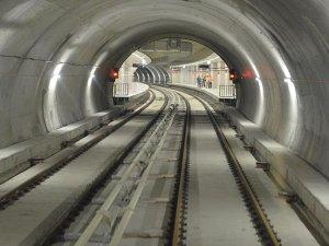 İzmir'deki Otogar-Halkapınar raylı sistem hattını Bakanlık yapacak