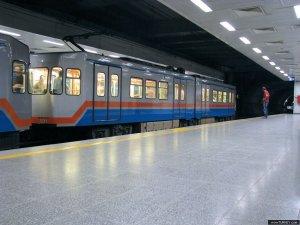 Havalimanı metro hattı yenileniyor
