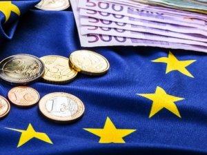 Euro Bölgesi'nde ekonomik büyüme yavaşladı