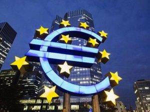 Euro Bölgesi'nde olumlu hava dağıldı