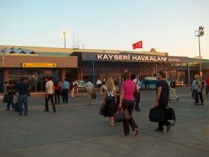 Kayseri Havalimanı'nda yolcu sayısı arttı