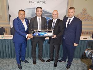 TEMSA, Kamil Koç'a 26 adet Safir Plus VIP otobüs teslim etti